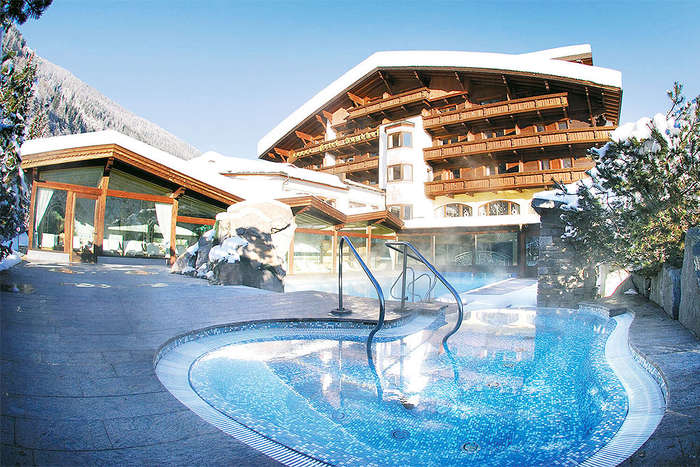 Tirol hotels 4 sterne 5 sterne top hotel in tirol for Design hotel stubaital