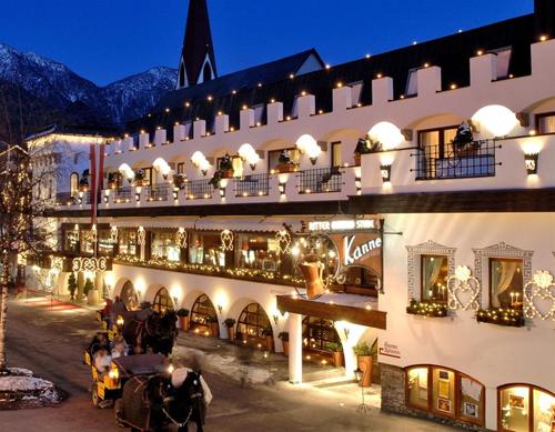 Tirol 5 sterne die besten 5 sterne hotels in tirol for Warnemunde 5 sterne hotel